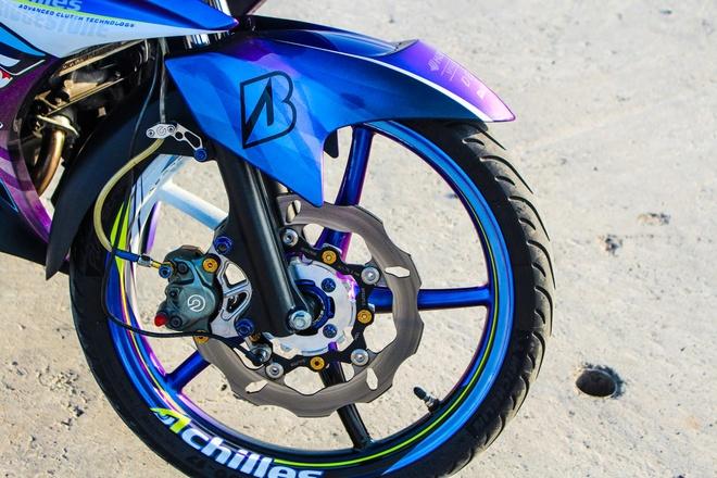 Exciter 2011 son chuyen mau voi hoa tiet ca map cua biker Ca Mau hinh anh 4