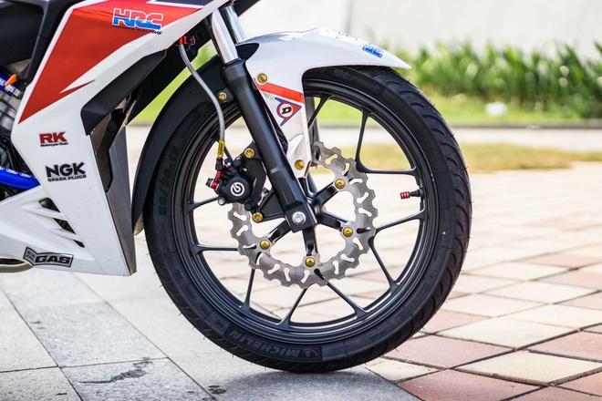 Honda Winner 150 dan tem phong cach moto phan khoi lon o Da Nang hinh anh 3