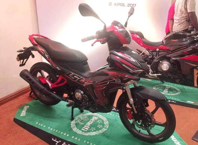 Chi tiet Benelli RFS150i 2017 - doi thu moi cua Exciter 150 hinh anh 2