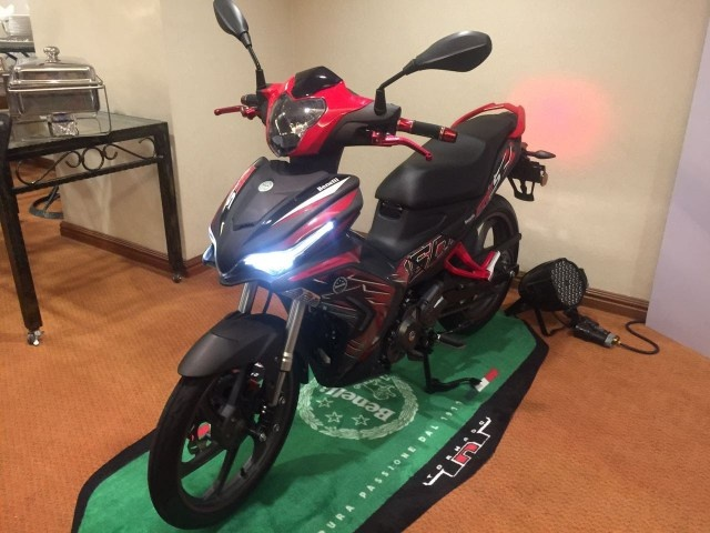 Chi tiet Benelli RFS150i 2017 - doi thu moi cua Exciter 150 hinh anh 3