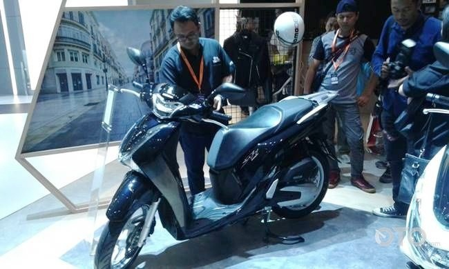 Honda SH150i 2017 xuat xu Viet Nam co gia 78 trieu dong o Indonesia hinh anh