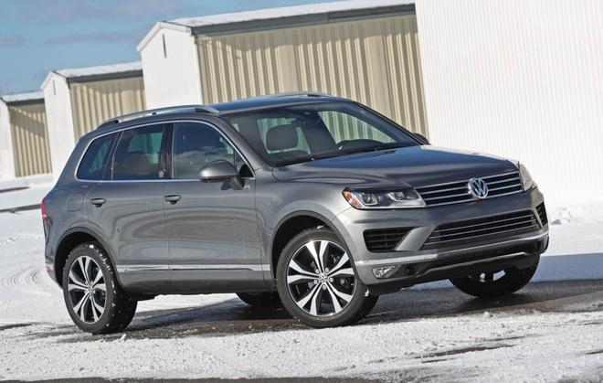 Volkswagen Touareg giam gia 260 trieu dong o Viet Nam hinh anh 2