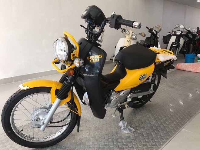 Xe doc Honda Cross Cub 110 2017 dau tien ve Viet Nam hinh anh
