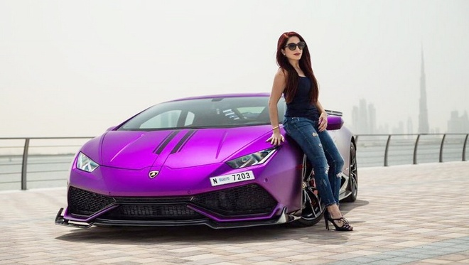 Ban do Lamborghini Huracan mau tim cua nu dai gia Dubai hinh anh