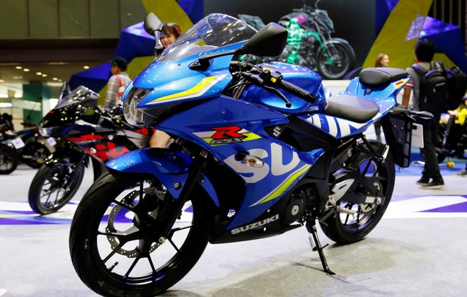 Suzuki GSX-R150 gia 75 trieu dong den tay khach hang Viet hinh anh