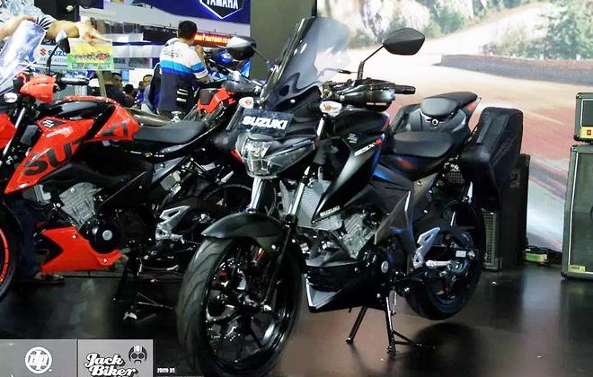 Suzuki GSX-S150 ban duong truong gia gan 1.900 USD o Indonesia hinh anh 7