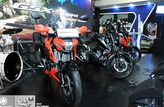 Suzuki GSX-S150 ban duong truong gia gan 1.900 USD o Indonesia hinh anh 8