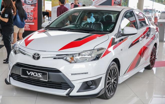 Toyota Vios phien ban the thao co gia ban gan 20.000 USD hinh anh