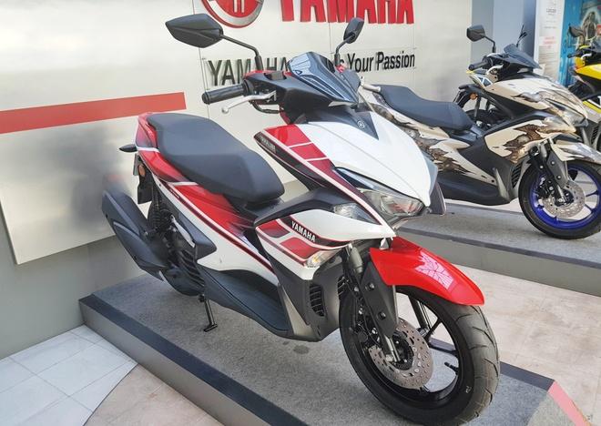 Bo 3 Yamaha NVX 155 gan tem dac biet hinh anh 2