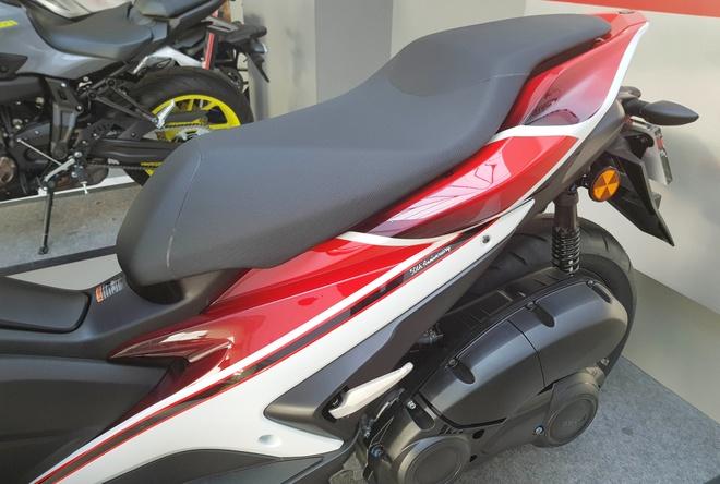 Bo 3 Yamaha NVX 155 gan tem dac biet hinh anh 3