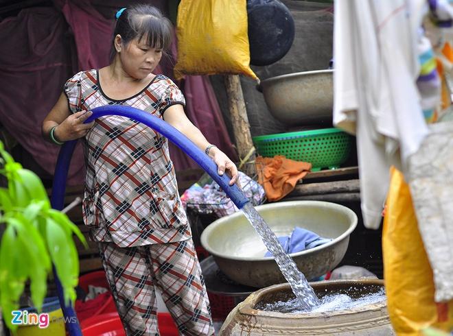 Hang chuc xe bon chay het cong suat cuu han cho nong dan hinh anh 10