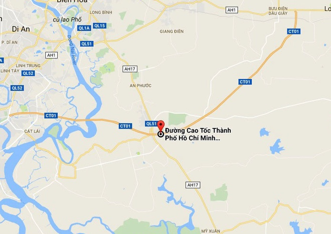 Xe container boc chay du doi tren cao toc Long Thanh hinh anh 2