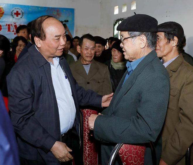 Thu tuong tham dong bao dan toc thieu so o Cao Bang hinh anh
