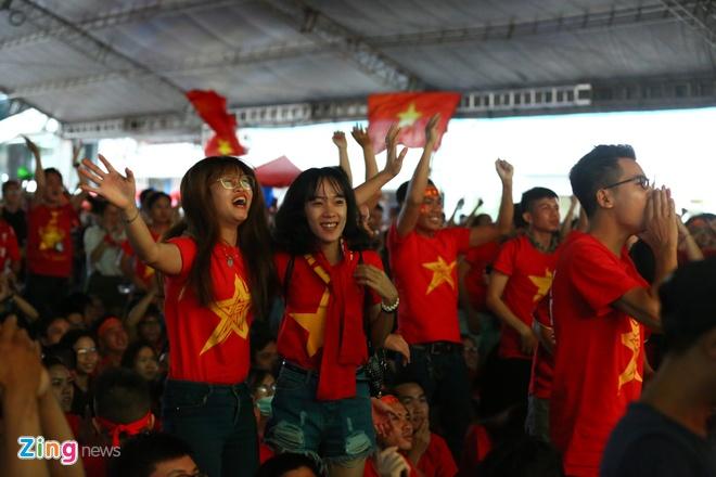 Nguoi ham mo nan lai den phut cuoi co vu tuyen Olympic Viet Nam hinh anh 63