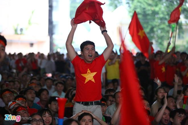 Nguoi ham mo nan lai den phut cuoi co vu tuyen Olympic Viet Nam hinh anh 64