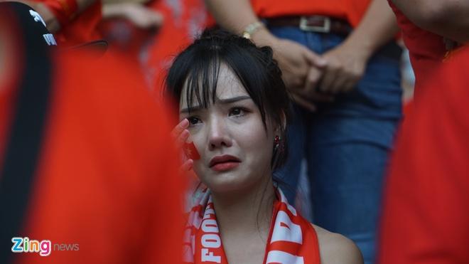 Hang trieu co dong vien lang nguoi sau loat penalty can nao hinh anh 104
