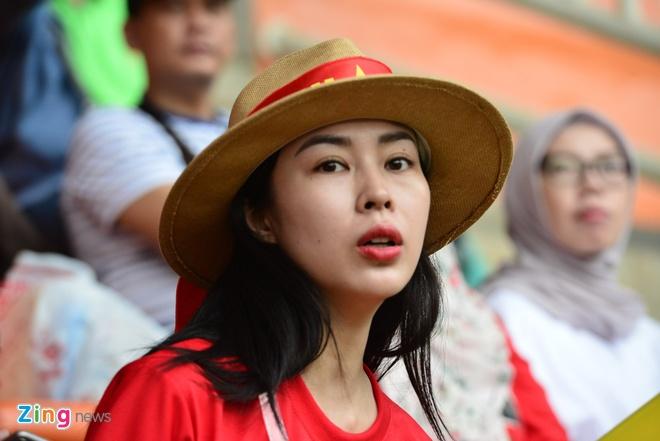 Hang trieu co dong vien lang nguoi sau loat penalty can nao hinh anh 84