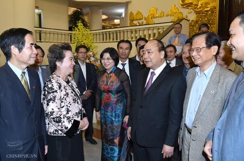 Thu tuong: 'Phat trien ao ao, khong bai ban thi hau qua rat lon' hinh anh