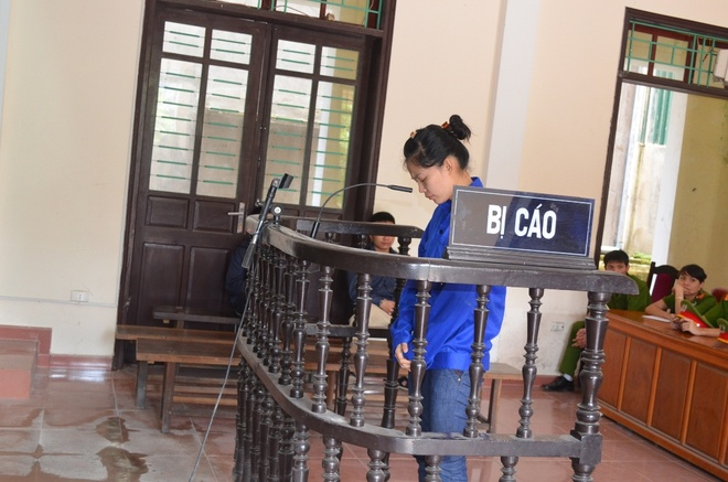 Nguyen nu can bo cong an tinh linh an chung than hinh anh 1