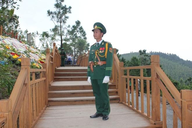 Bo le phuc dac chung chi danh cho chien si ben mo Dai tuong hinh anh