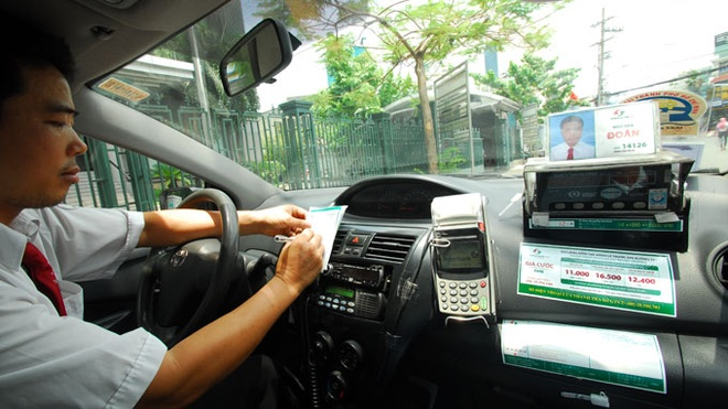 Taxi se co thiet bi in hoa don noi voi dong ho hinh anh