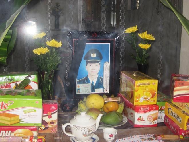 De nghi truy tang Huan chuong dung cam cho kiem lam cuu rung hinh anh 1 Di ảnh của ông Hồ Sỹ Tường.