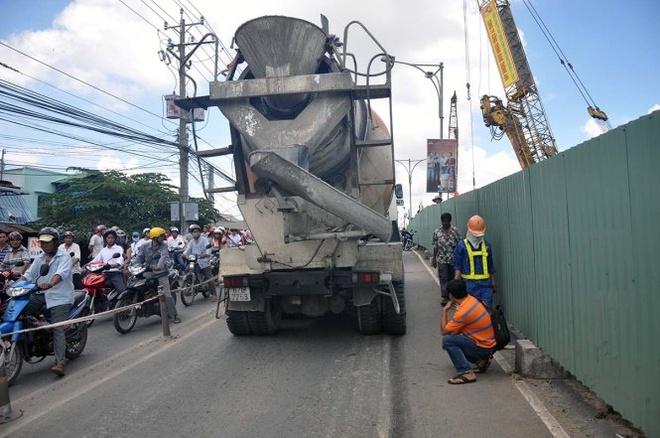 Chiếc xe trộn bê tông gây tai nạn