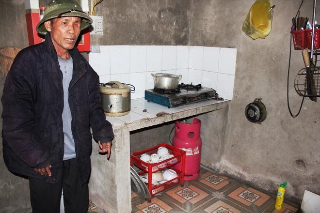 Hiện trường nơi chị Nguyên bị chồng tưới xăng đốt.