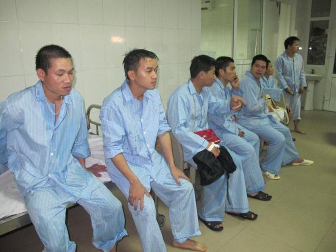 Tai xe xe lao xuong ruong: 'Toi da ngu gat' hinh anh 3 Hầu hết các nạn nhân bị thương nhẹ đã được xuất viện vào chiều nay.