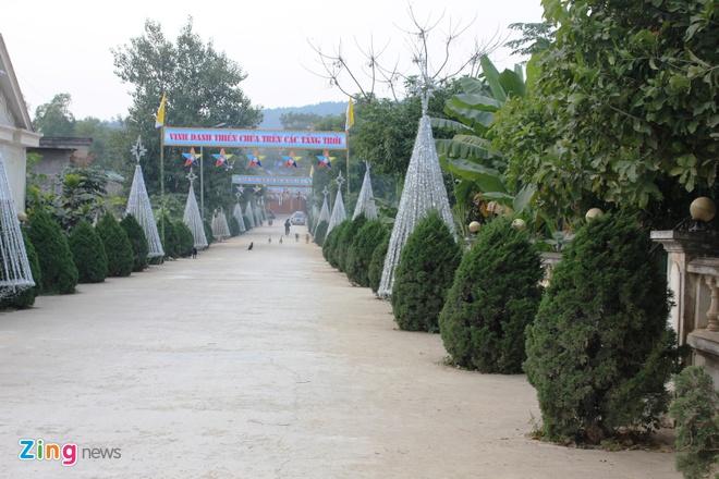 Cay thong Noel khong lo cao 41 met gia mot ty dong hinh anh 18 Giáo xứ Linh địa Trại Gáo nhìn từ ngoài cổng vào.
