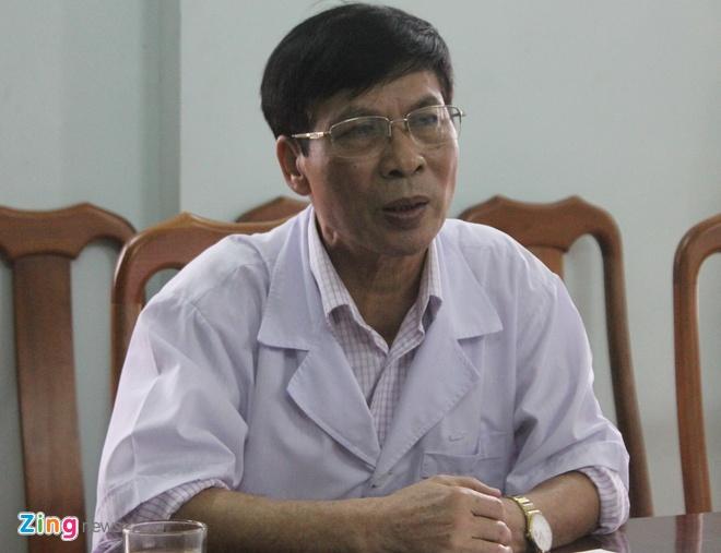 Tam dinh chi kip truc vu me con san phu tu vong tren ban mo hinh anh 1 Bác sĩ Trần Khắc Tiến, giam đốc bệnh viện đa khoa huyện Diễn Châu.