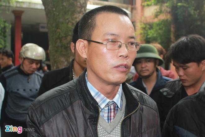 Kip truc den bu gia dinh me con san phu tu vong 450 trieu hinh anh 2 Ông Ngô Hồng Khanh, đại diện gia đình nạn nhân xác nhận đã đồng ý số tiền đền bù 450 triệu đồng.