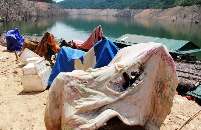 Chao lua mien Trung trong cai nong 40 do C hinh anh 11 Nắng nóng khiến người dân phải