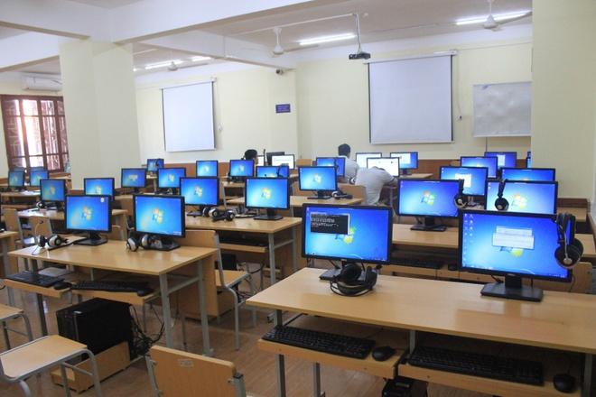 Cận cảnh phòng máy tính thi đánh giá năng lực ở cụm Vinh - Giáo ...