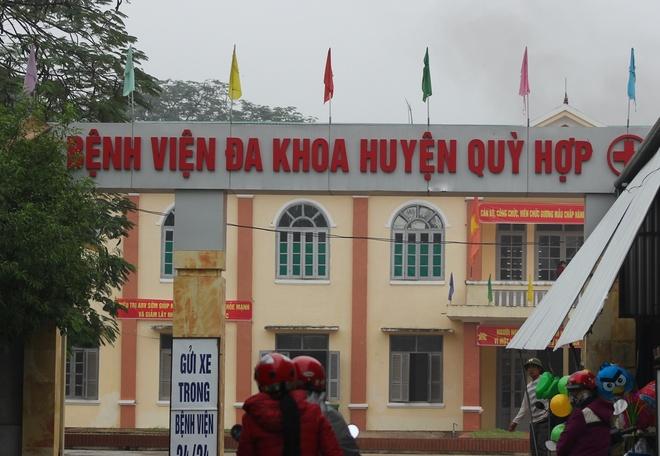 Thai nhi tu vong sau ca sinh kho, nguoi nha to benh vien hinh anh 1 Bệnh viện đa khoa huyện Quỳ Hợp, nơi xảy ra vụ việc. Ảnh: CTV.