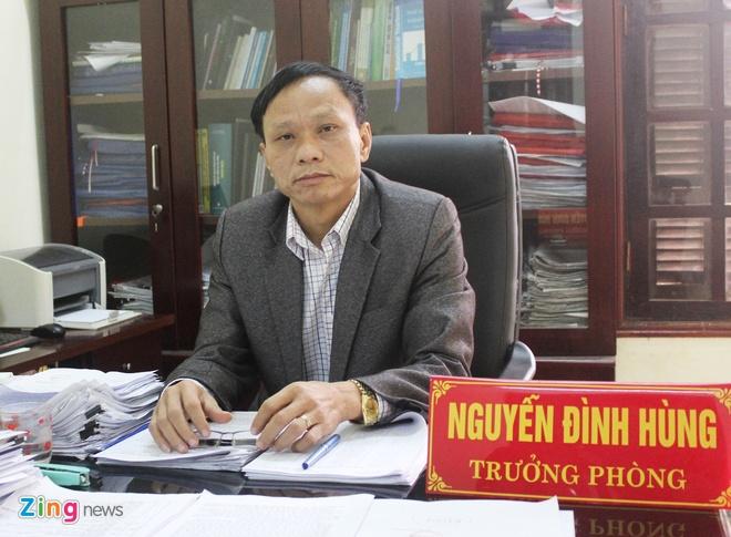 Ông Nguyễn Đình Hùng, Trưởng phòng Nội vụ thị xã Cửa Lò. Ảnh: Phạm Hòa.
