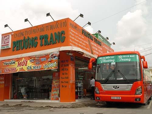Nha xe Phuong Trang tam thoi het ve xe ngay Tet hinh anh
