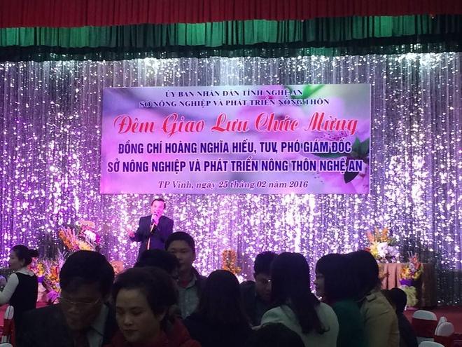 Noi to chuc tiec mung tan Pho giam doc So nhan loi hinh anh 1