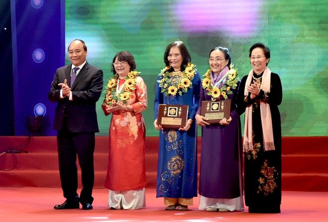 Thu tuong: Doi vang me hien, khong phu nu-Anh hung, thi si hoi con dau hinh anh 1
