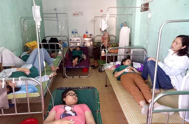 Hon 50 cong nhan may nhap vien nghi ngo doc thuc pham hinh anh 1