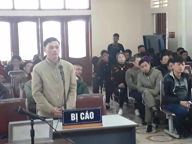 Nguyen truong cong an ban chu tich xa linh 12 thang tu hinh anh 1