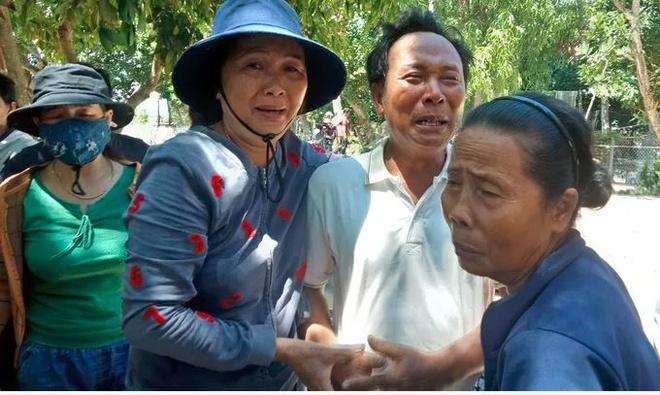 Ly kỳ chuyện cá heo chỉ đường cứu 41 ngư dân Quảng Nam thoát chết