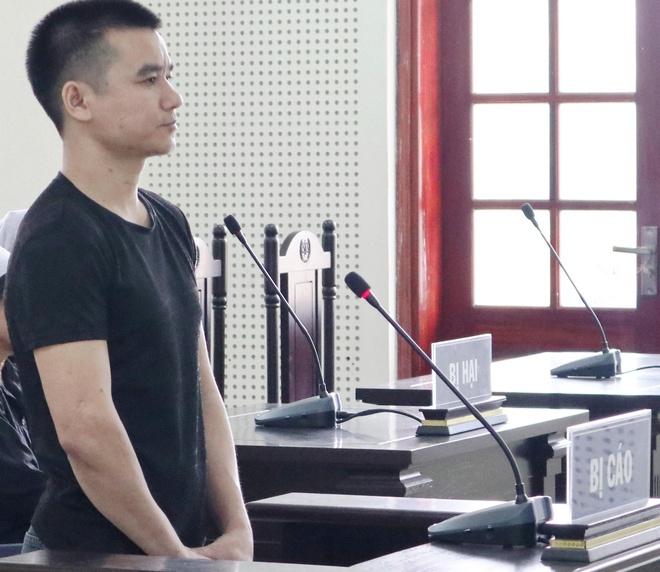 Kẻ giết người xin tòa giảm nhẹ hình phạt để về làm lại cuộc đời