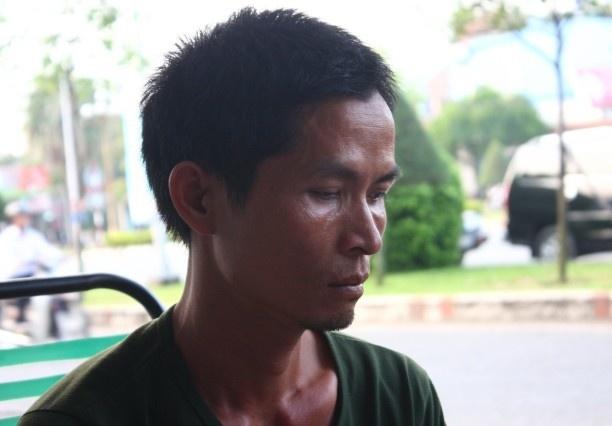 Tai xe bi hoi cua khong phai boi thuong hon 1.000 thung bia hinh anh