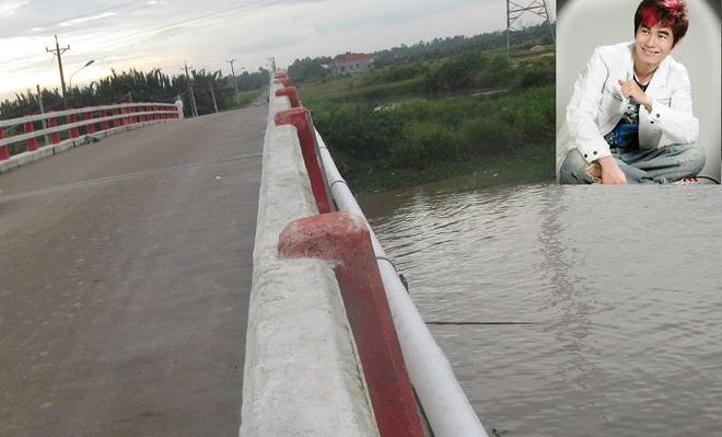 Thi the nam ca si Ho Duy Minh nam duoi chan cau hinh anh 1 Dưới chân cầu Cháy nơi tìm thấy thi thể của nam ca sĩ Hồ Duy Minh.