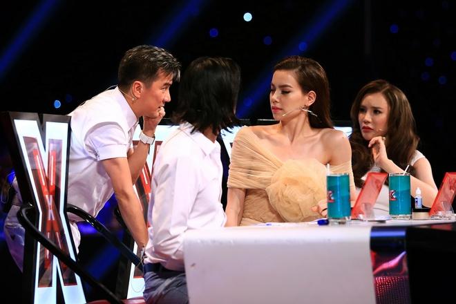 Giam khao X Factor tu y pha luat chon nhom ca hinh anh