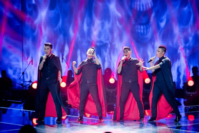 Hot boy X Factor khien Ho Quynh Huong phai nhun nhay hinh anh 3