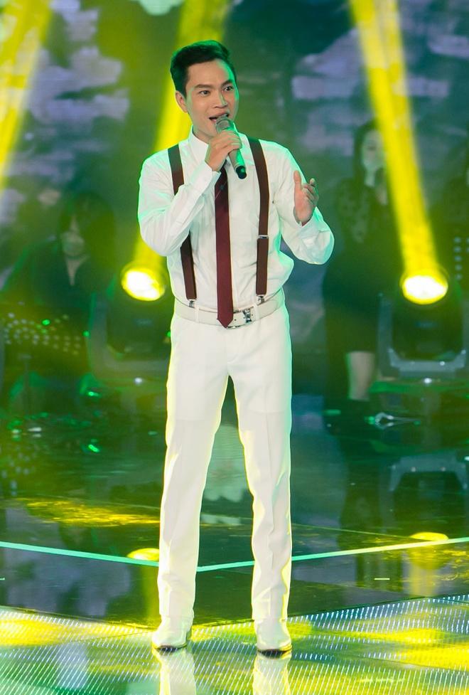 Hot boy X Factor khien Ho Quynh Huong phai nhun nhay hinh anh 8