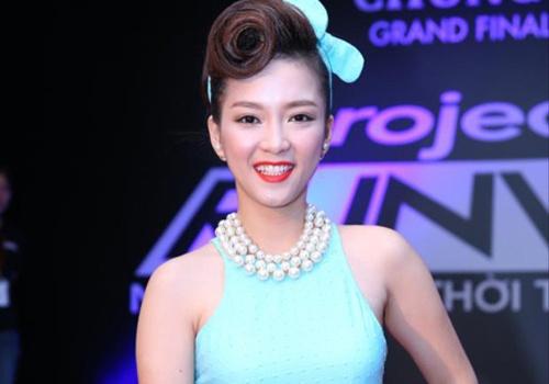 Dinh Huong xin loi My Tam vi lo loi che MV moi 'tham hoa' hinh anh