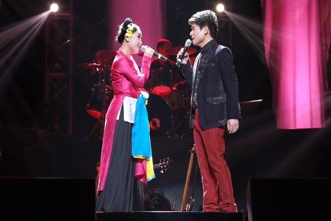 Tan Minh thang hoa trong liveshow de doi hinh anh